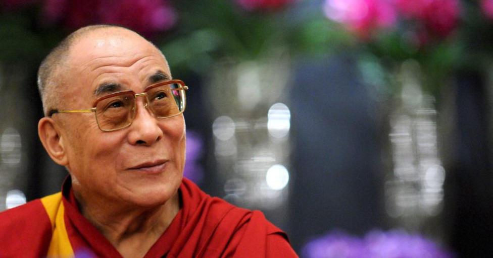 ШУУД: Дээрхийн Гэгээнтэн Далай Лам Төвөдийн залуучуудын хүсэлтээр Шүтэн барилдахуйн магтаал ном 2 дахь өдөр