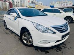 Hyundai Sanota YF 2013 он  Утас 010-3007-0707