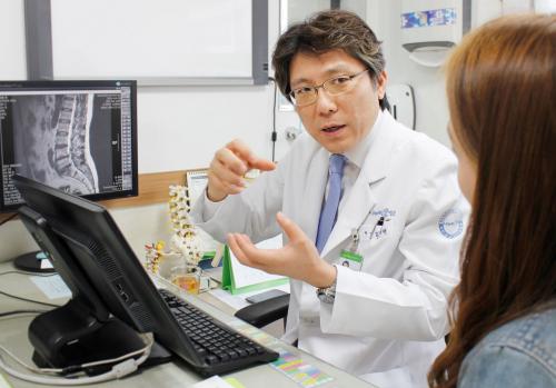 """БНСУ-ын Үе мөч, Сээр нурууны төрөлжсөн нарийн мэргэжлийн """"Нанүри"""" эмнэлэг"""
