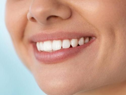 Шүдний оо, сойзгүй үед амаа хэрхэн цэвэрлэх вэ