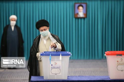 Ираны 13 дахь ерөнхийлөгчийн сонгууль бямба гарагт дуусжээ