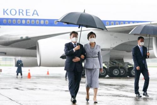 """БНСУ-ын ерөнхийлөгч Мүн Жэ Ин """"G7 """"дээд хэмжээний уулзалтанд оролцож дуусаад эх орондоо ирлээ."""